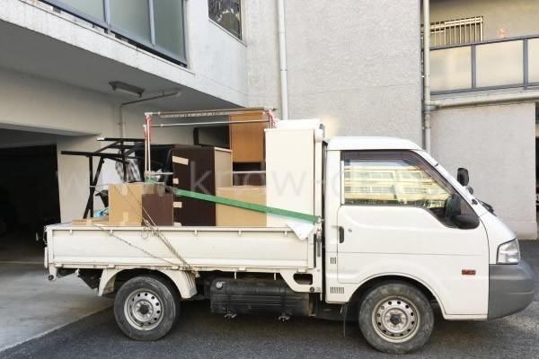 廃品回収トラック